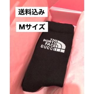 グッチ(Gucci)の最安値 送料込み  the north face × gucci 靴下 黒(ソックス)