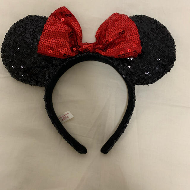 Disney(ディズニー)のディズニー ミニー カチューシャ スパンコール キラキラ レディースのヘアアクセサリー(カチューシャ)の商品写真