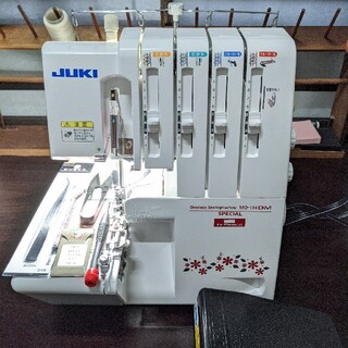 brother - 【美品led電球整備済み】JUKI mo114DM 2本針4本糸ロック ミシン