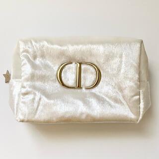 Dior - 【新品】ディオール ゴールドロゴポーチ Dior クリスマスコフレ バニティ