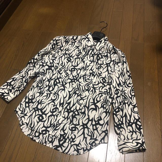 DIOR HOMME(ディオールオム)のDior homme 18aw トライバル柄シャツ メンズのトップス(シャツ)の商品写真