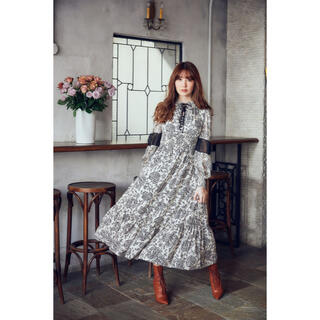 snidel - herlipto Winter Floral Long-sleeve Dress