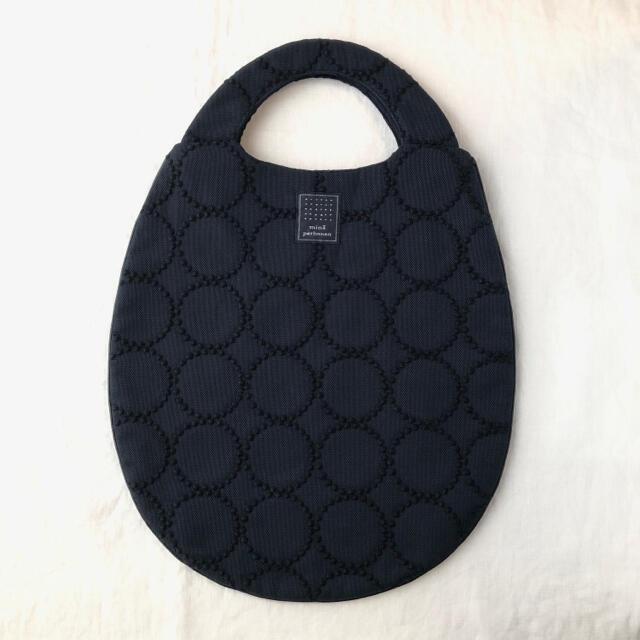 mina perhonen(ミナペルホネン)のミナペルホネン エッグバッグ タンバリン  レディースのバッグ(ハンドバッグ)の商品写真