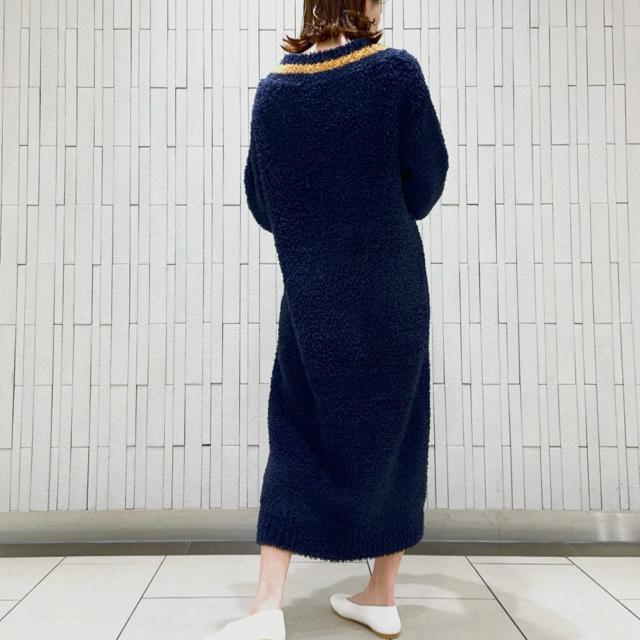 gelato pique(ジェラートピケ)の新品未使用 ジェラートピケ ジェラートVネックドレス ネイビー レディースのルームウェア/パジャマ(ルームウェア)の商品写真