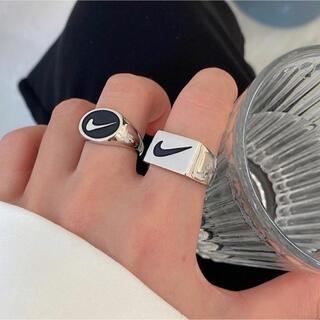 ナイキの指輪 ナイキロゴのリング