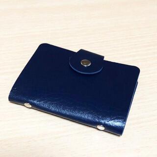 セール! 24枚収納可 コンパクト カードケース 紺(名刺入れ/定期入れ)