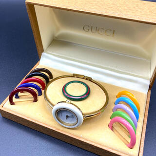 Gucci - GUCCI チェンジベゼル 新品電池 Mサイズ レディース腕時計