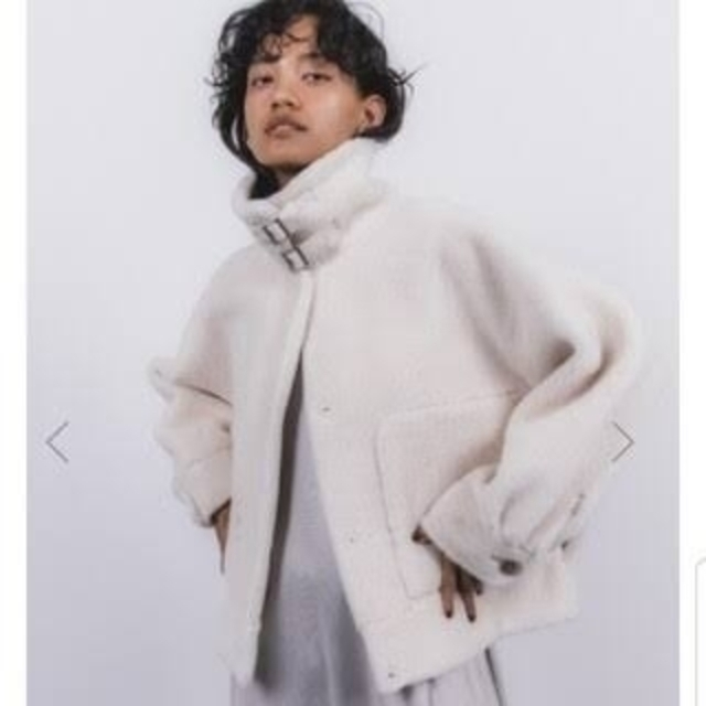 STUNNING LURE(スタニングルアー)の大人気完売品 *STUNNING LURE エコムートンショートジャケット* レディースのジャケット/アウター(ムートンコート)の商品写真