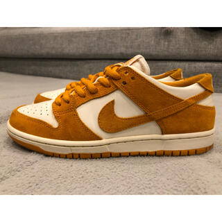 ナイキ(NIKE)のNike sb DUNK low circuit orange   (スニーカー)