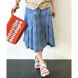 メルシーボークー(mercibeaucoup)のメルシーボークー meribeaucoup シマウスダン スカート サイズ0(ひざ丈スカート)