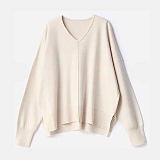 しまむら - Vネックニットセーター