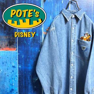 ディズニー(Disney)の【ディズニー】くまのプーさんティガーポケットキャラ刺繍デニムシャツ 90s(シャツ)