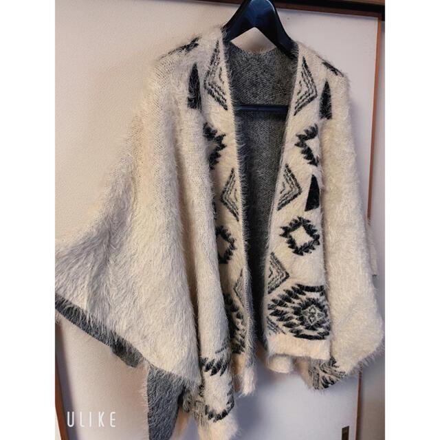JEANASIS(ジーナシス)のJEANASIS ジーナシス ポンチョ ファーコート レディースのジャケット/アウター(毛皮/ファーコート)の商品写真