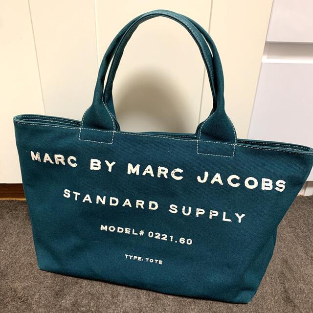 MARC BY MARC JACOBS(マークバイマークジェイコブス)のマークバイマークジェイコブス トートバッグ レディースのバッグ(トートバッグ)の商品写真
