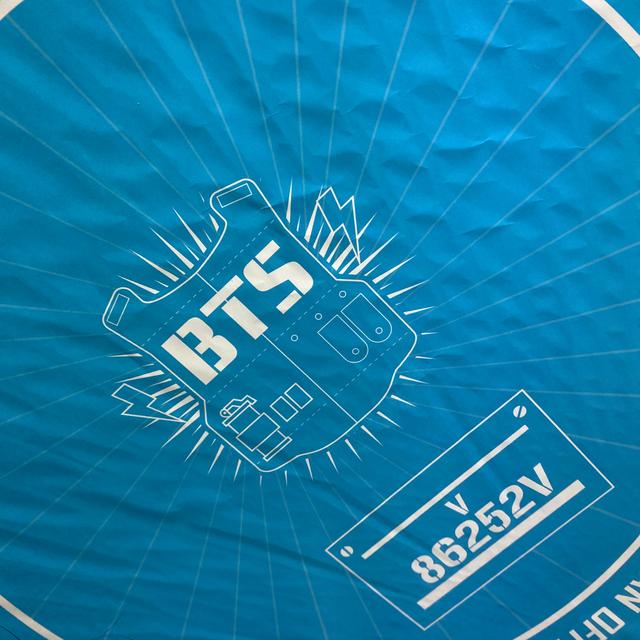 防弾少年団(BTS)(ボウダンショウネンダン)のbts テヒョン うちわ エンタメ/ホビーのタレントグッズ(アイドルグッズ)の商品写真