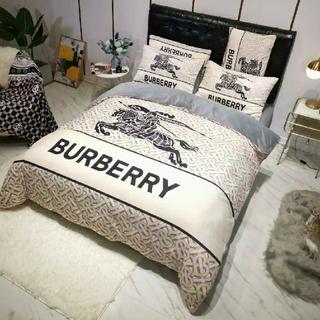 BURBERRY - BURBERRY掛け布団カバーモノグラム 4セット