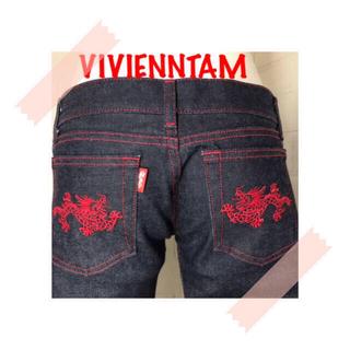 ヴィヴィアンタム(VIVIENNE TAM)のVIVIENN TAM  サイズ0 定番赤龍刺繍がが超絶カッコ良いデニム 美品(デニム/ジーンズ)