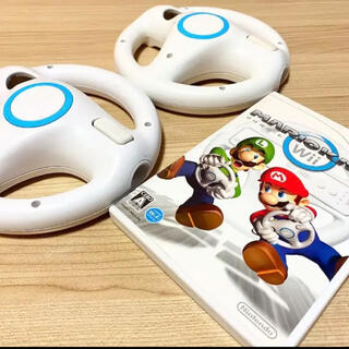 ウィー(Wii)のマリオカートWii〈Wiiハンドル2つセット〉(家庭用ゲームソフト)