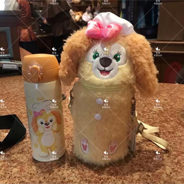 Disney(ディズニー)の上海ディズニーランド クッキーアン  水筒カバーセット ショルダータイプ ラス2 エンタメ/ホビーのおもちゃ/ぬいぐるみ(キャラクターグッズ)の商品写真