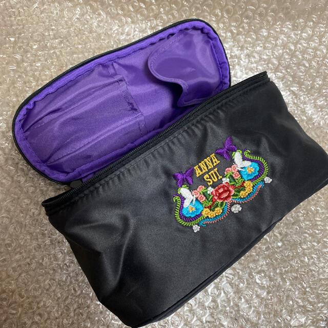 ANNA SUI(アナスイ)のANNA SUI ノベルティ 刺繍バニティポーチ 黒 レディースのファッション小物(ポーチ)の商品写真