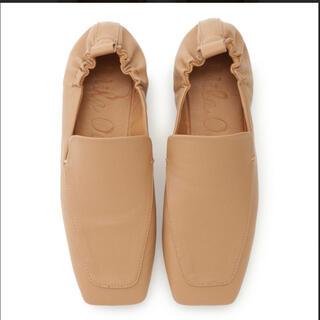 ミラオーウェン(Mila Owen)のミラオーウェン  ソフト ギャザー  ローファー 37(ローファー/革靴)