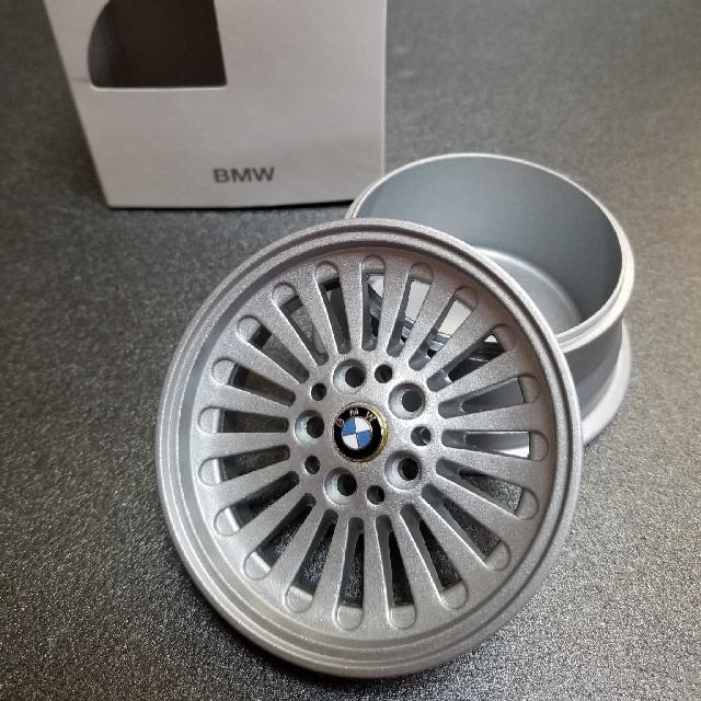 BMW(ビーエムダブリュー)のBMW ホイール 型 小物入れ 自動車/バイクの自動車(車内アクセサリ)の商品写真