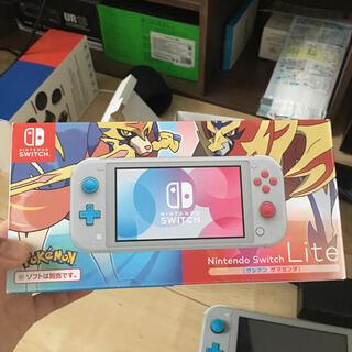 Nintendo Switch - Switch light ポケモンver. 本体、箱、充電器付き