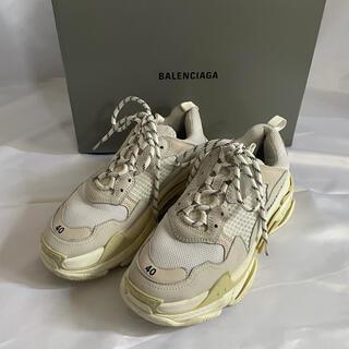 Balenciaga - 確実正規品 BALENCIAGA Triple S 40 ホワイト ブラン