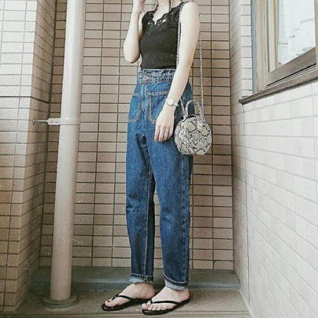 ZARA(ザラ)のZARA ポケット付きバギーデニム レディースのパンツ(デニム/ジーンズ)の商品写真