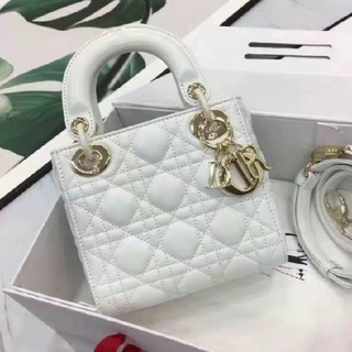 クリスチャンディオール(Christian Dior)の【最終値下げ‼️早い者勝ち‼️】Christian Dior レディーディオール(ミラー)