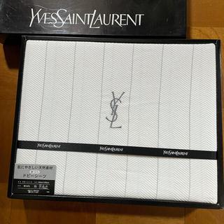イヴサンローランボーテ(Yves Saint Laurent Beaute)のイブ・サンローラン ドビーシーツ 未使用(シーツ/カバー)