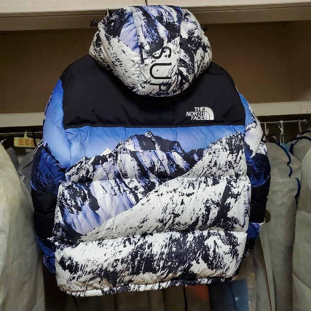Supreme(シュプリーム)の最終値下げ☆Supreme✕TNF MOUNTAIN BALTORO メンズのジャケット/アウター(ダウンジャケット)の商品写真