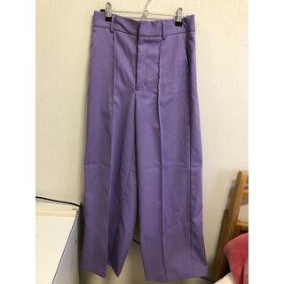 ジーユー(GU)のGU カラー ストレート パンツ M 紫(カジュアルパンツ)
