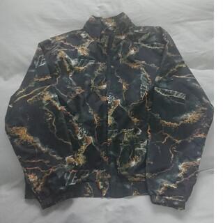 シュプリーム(Supreme)のsupreme marble track jacket 新品未使用(ナイロンジャケット)