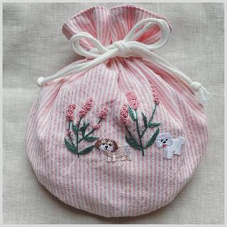 handmade刺繍 コロン♪まんまる巾着(大) ⚘お花とマルチーズとシーズー⚘