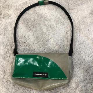 フライターグ(FREITAG)のフライターグ(FREITAG)の緑グレーのローラ(LAURA)(トートバッグ)