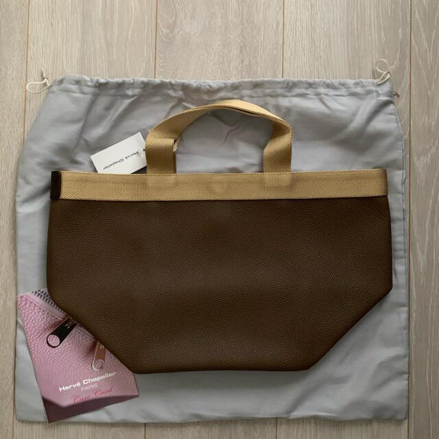 Herve Chapelier(エルベシャプリエ)のエルベシャプリエ 707GP トープ×ゴールド レディースのバッグ(トートバッグ)の商品写真
