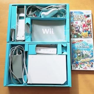 ウィー(Wii)のWii本体 & 別売ソフト2本セット(家庭用ゲーム機本体)