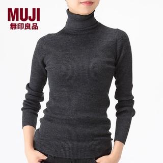 MUJI (無印良品) - 新品 MUJI✨グレー 首のチクチクを抑えた リブ タートルネック洗えるセーター