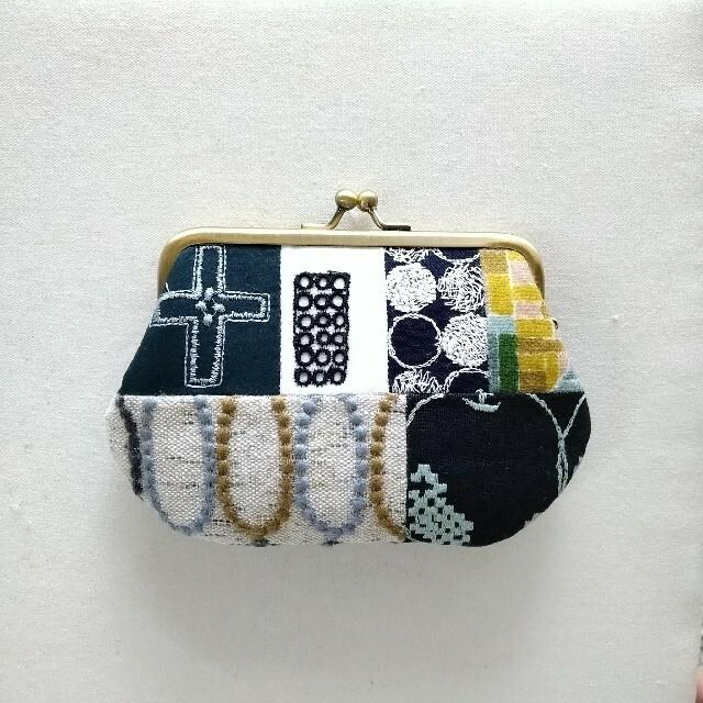 mina perhonen(ミナペルホネン)のミナペルホネン ハンドメイド がま口 ポーチ 財布 小銭入れ 巾着 コイン  レディースのファッション小物(コインケース)の商品写真