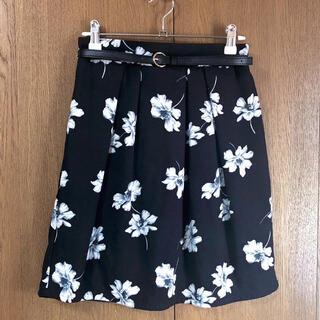 シマムラ(しまむら)のノーブランド 花柄スカート ブラック(ひざ丈スカート)