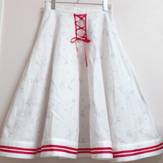 スワンキス(Swankiss)のメルヘン柄フレアスカート (ひざ丈スカート)