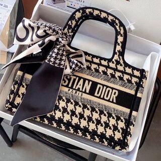 クリスチャンディオール(Christian Dior)のChristian Dior クリスチャン ディオール ブックバッグ 千鳥格 小(その他)