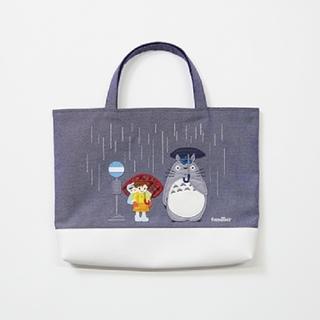 familiar - 【familiar×ジブリ】トトロ  バス停  マチ付きサブバッグ
