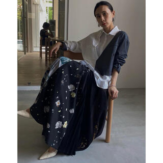 アメリヴィンテージ(Ameri VINTAGE)の新品 完売 板野友美さん VIVIANE AMERI ARCHIVE SKIRT(ロングスカート)