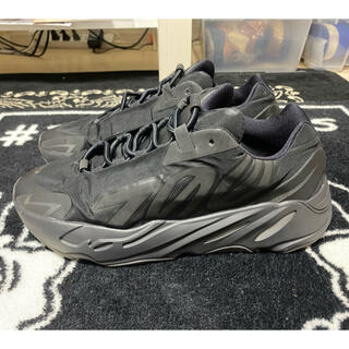 adidas - Adidas Yeezy Boost 700 Mnvn Black (28.5)