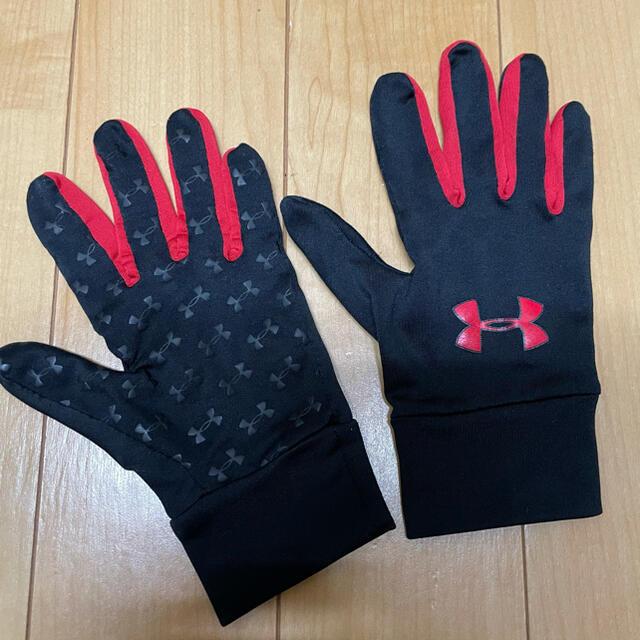UNDER ARMOUR(アンダーアーマー)のアンダーアーマー 手袋 赤 メンズのファッション小物(手袋)の商品写真