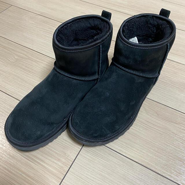 UGG(アグ)のUGG❤️スワロフスキー❤️美品 レディースの靴/シューズ(ブーツ)の商品写真