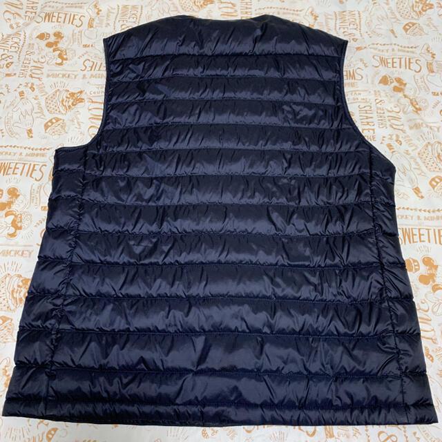 UNIQLO(ユニクロ)のUNIQLO ユニクロ ウルトラライトダウンベスト ネイビー メンズのジャケット/アウター(ダウンベスト)の商品写真