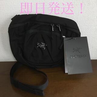 ARC'TERYX - 【新品未使用】アークテリクス  ショルダーバッグ マカ2
